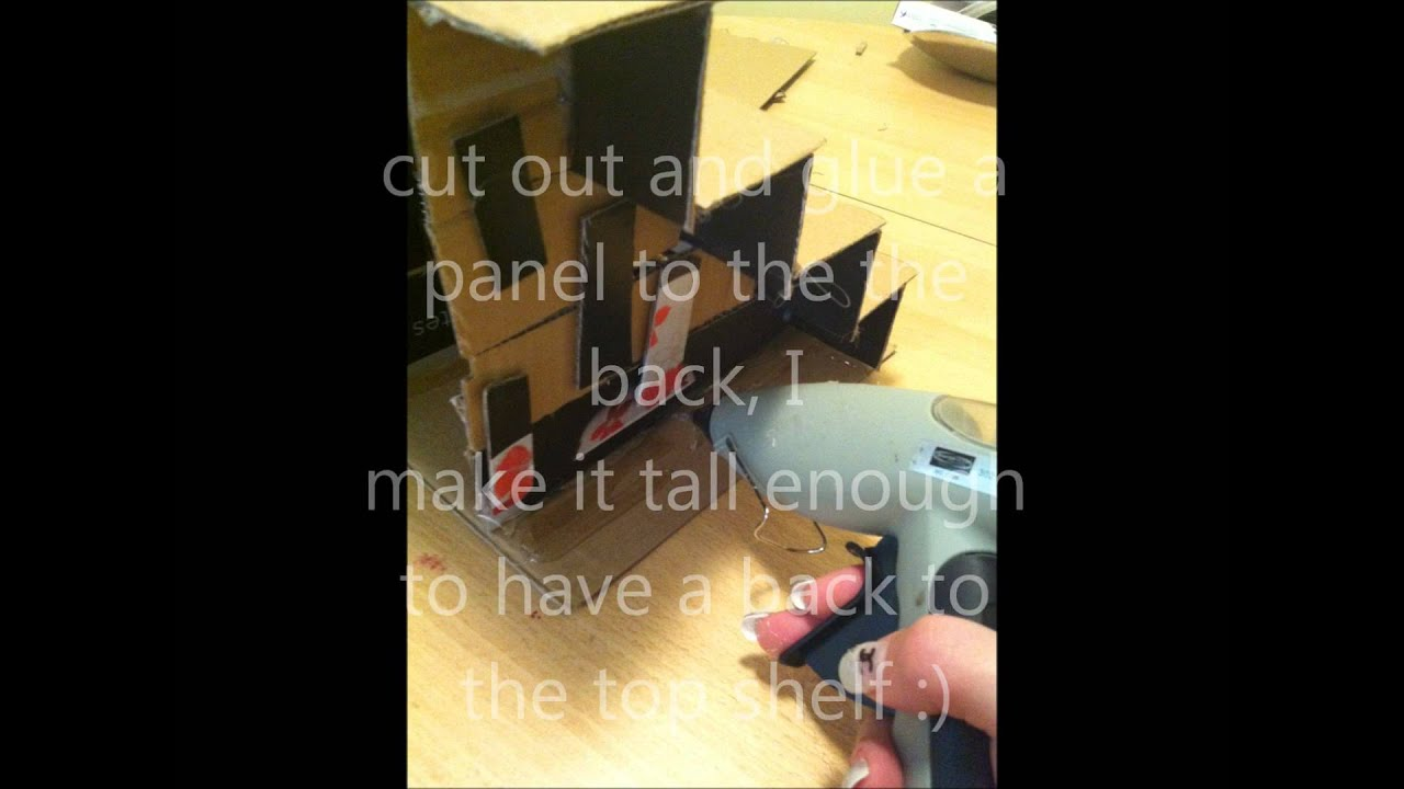 how to make a stand out of cardboard