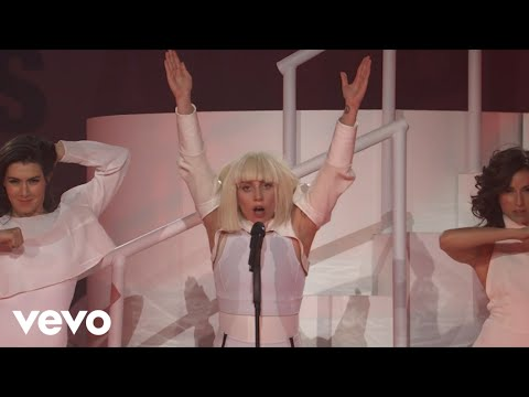 Lady Gaga - MANiCURE (VEVO Presents), Lady Gaga performing MANiCURE live at #VEVOartRave in Brooklyn, NY on Nov. 10, 2013.