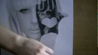 ini Gadis berusia 18 tahun ini merupakan seorang seniman asal Belanda yang pandai melukis. video wktu dia menggambar....
