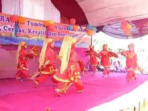 Tari Anak TK - Nazhifa Menari - RA An-Nawawi Cibinong
