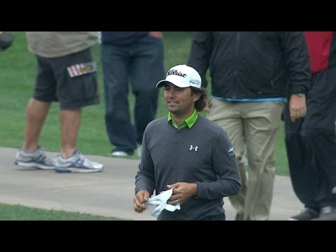 Martin Flores' incredible hole out for eagle on No. 8 at Shell