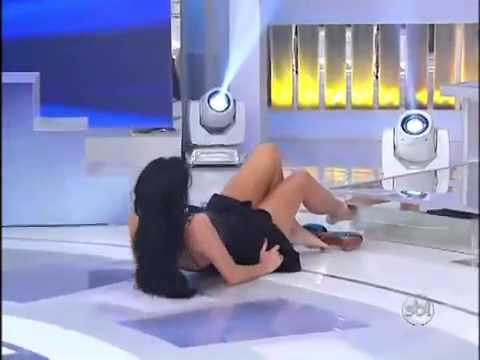Helen Ganzarolli dançando 'quadradinho de 8' 07-07