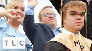 Trent & Amber Can't Believe That Jonah Is Graduating! | 7 Little Johnstons