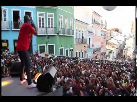 OLODUM FEMADUM 2014 Nos Bailes da VIda