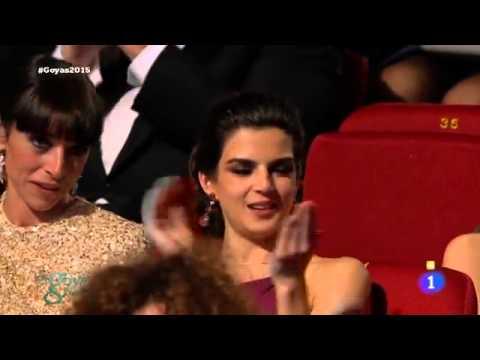 Dani Rovira recibe el Goya 2015 como mejor actor revelación por 'Ocho apellidos vascos