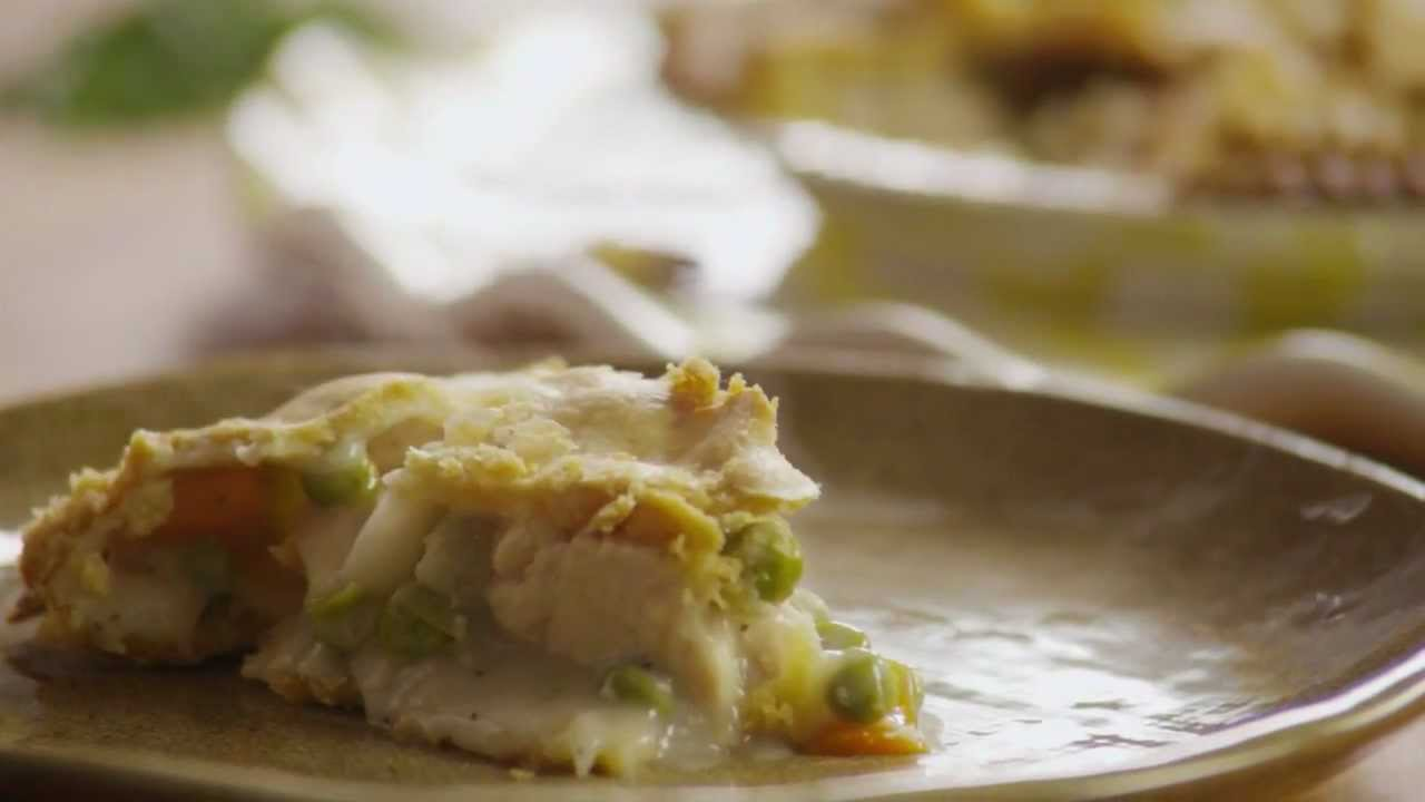 How to Make Homemade Chicken Pot Pie - YouTube
