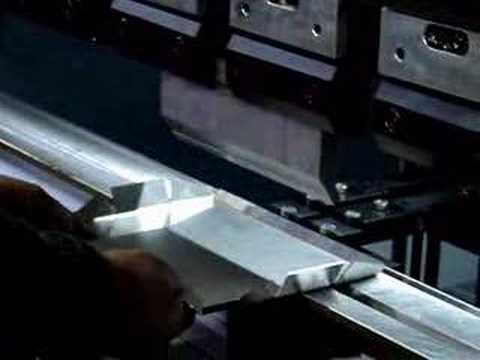 Máquina de dobrar Chapas de Ferro