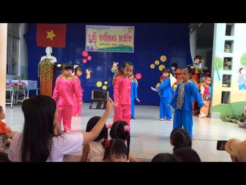 mua canh dong tuoi tho choi 2 truong MG Bàu Lâm , BRVT