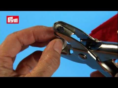 prym pliers for press fasteners eyelets piercing youtube. Black Bedroom Furniture Sets. Home Design Ideas