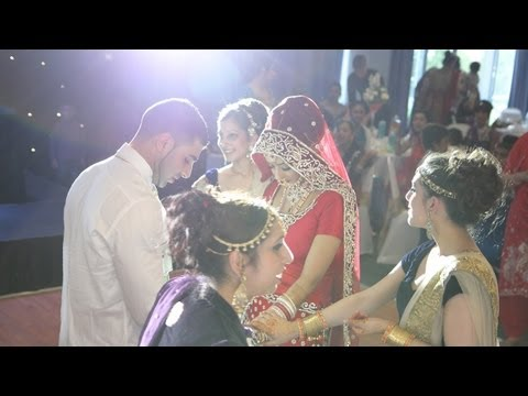 Punjabi Sikh Wedding Videography Nottingham 2013- Live Un-edited Dance Clip