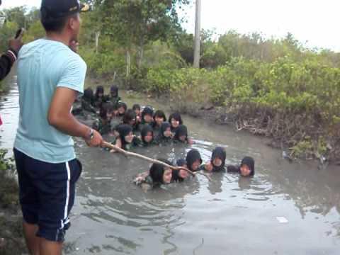 LDDK latihan dasar disiplin korps siswi SMK N 1 TALAWI