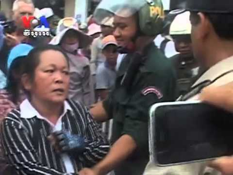 Cambodian Protesters Clash With Police Over Eviction