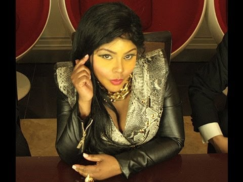 Lil Kim Feat. Tiffany Foxx - Jay-Z [Official Video]