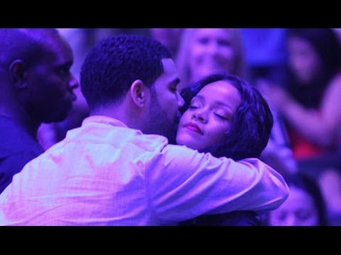 Drake & Rihanna Sexy PDA During Clippers Game