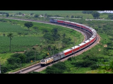 BEST EVER VIEW RAJDHANI EXPRESS ( CELEBRATION VIDEO) 22694 BANGALORE RAJDHANI