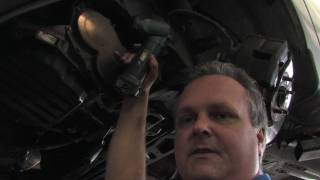 Troubleshooting Car Problems : How To Replace A