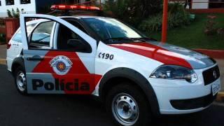 Carros De Policia é Helicopteros. BRASIL X EUA