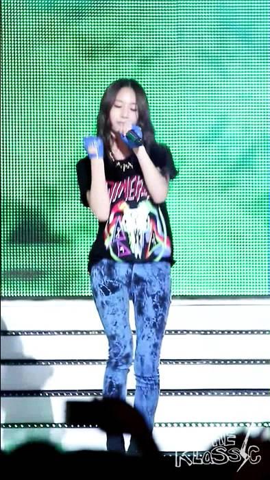 120808 f(x) Krystal Electric Shock @ MBC Music Prime ... F(x) Electric Shock Krystal