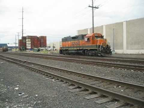 BNSF #2265 prepares to switch cars South of downtown Seattle, WA 7/17/2012