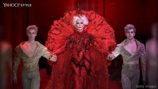 85-year-old model closes Paris Haute Couture show