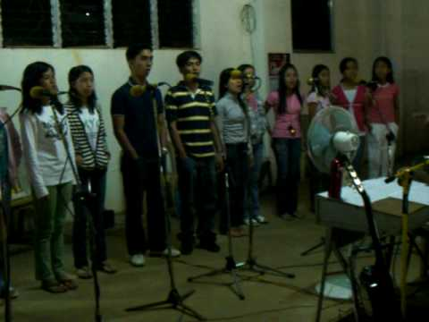 SIMBANG-GABI(Entrance song)-Performed by Sta.Monica Youth Choir and emmaus comm choir
