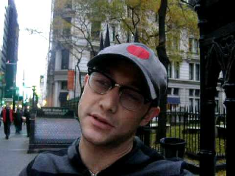 Joseph Gordon-Levitt interview at Occupy Wall Street, I met Actor Joseph Gordon-Levitt from Hollywood films such as Inception, 50/50 and Angels in the Outfield as well as popular 90s tv show 3rd Rock from the Su...