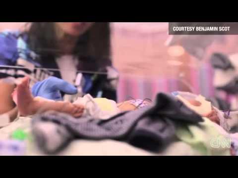 Padre graba la historia de un año de su hijo prematuro -- CNN en Español