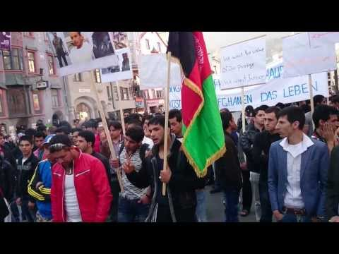 تظاهرات افغان ها در اتریش 4 Afghan Demonstration by residents of the city of Innsbruck, Austria