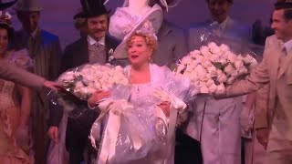 What Happened After Bette Midler Fell During 'Hello, Dolly!' Performance