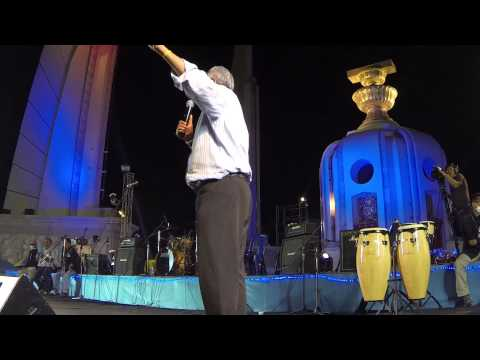 Bangkok (Thailand) 22/12/2013 Suthep speech at democracy monument