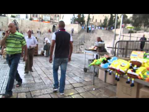 Leaving Jerusalem through Damascus Gate ..... And on the way someone tries to pickpocket me.