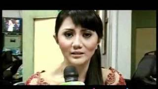 Aida Saskia Bantah Pernah Aborsi - CumiCumi.com view on youtube.com tube online.