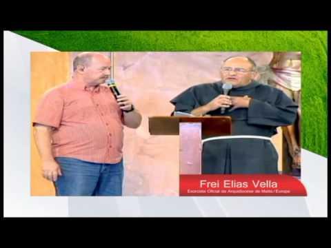 CONGRESSO DIOCESANO DE ORAÇÃO POR CURA E LIBERTAÇÃO. PRESENÇA DE FREI ELIAS VELLA EM PARACATU-MG