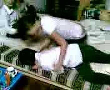 Hr.N - Clip Vo Danh Chong :((