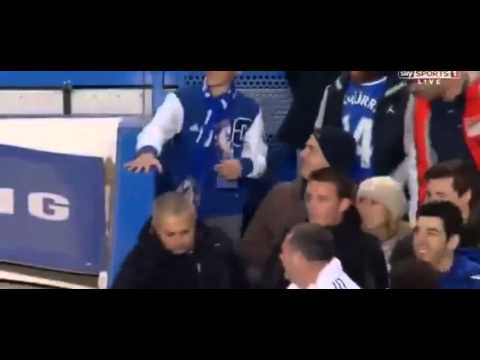 Mourinho celebrated with his Son the third goal | Chelsea 3-1 Southampton