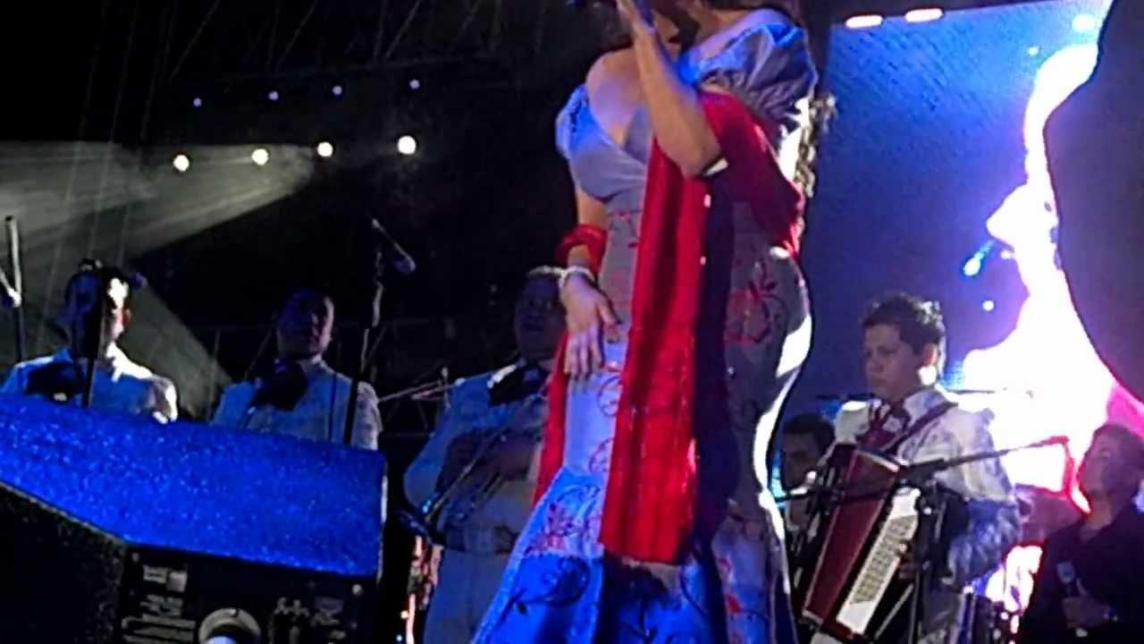 Jenni Rivera Vestidos