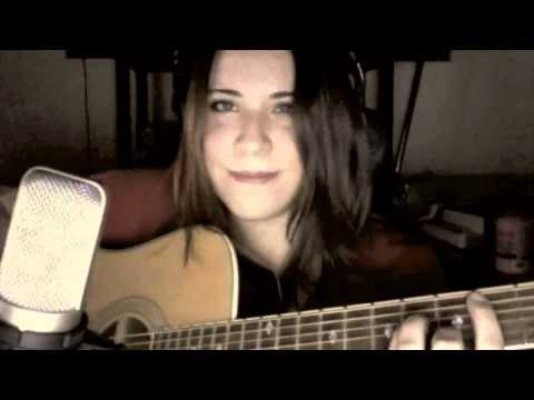 ‪The Dragonborn Comes - Skyrim Bard Song and Main Theme Female Cover‬
