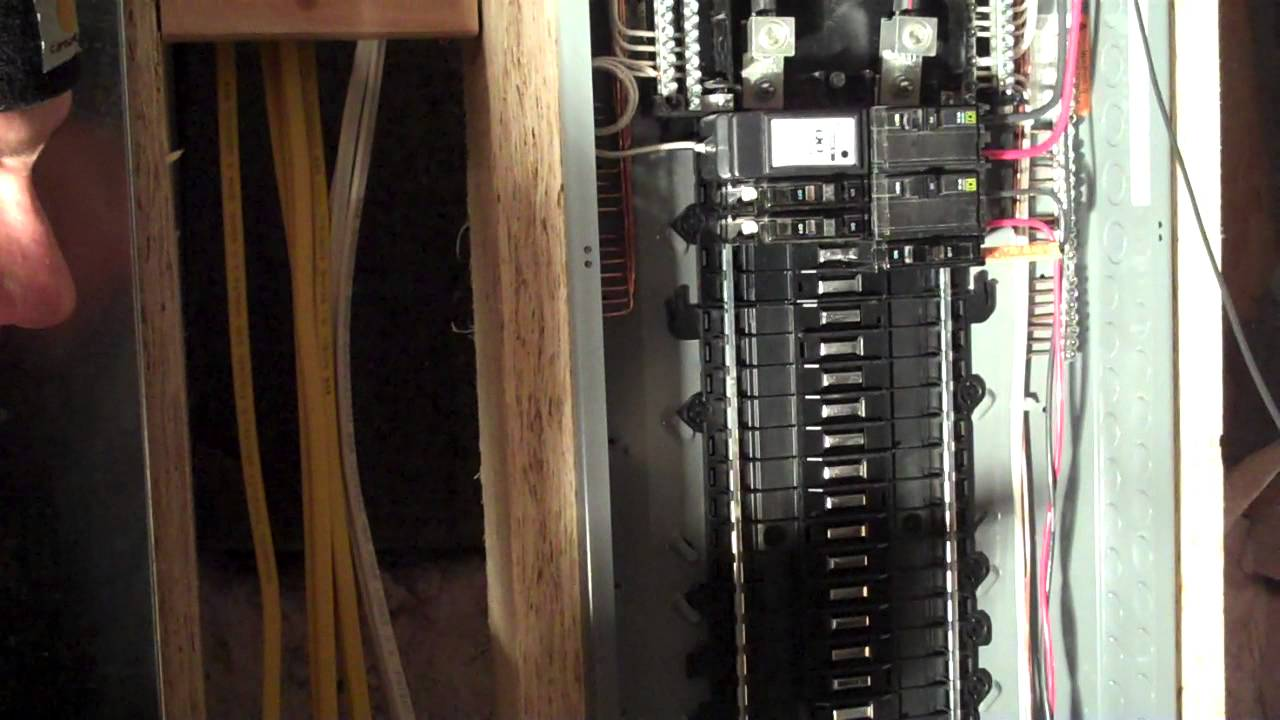 Qo Plug On Neutral Load Center Amp Cafi Circuit Breaker
