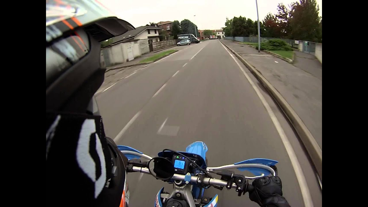 Prova tm 125 fermato dalla locale gopro hero 3 for Prova dello specchio polizia youtube