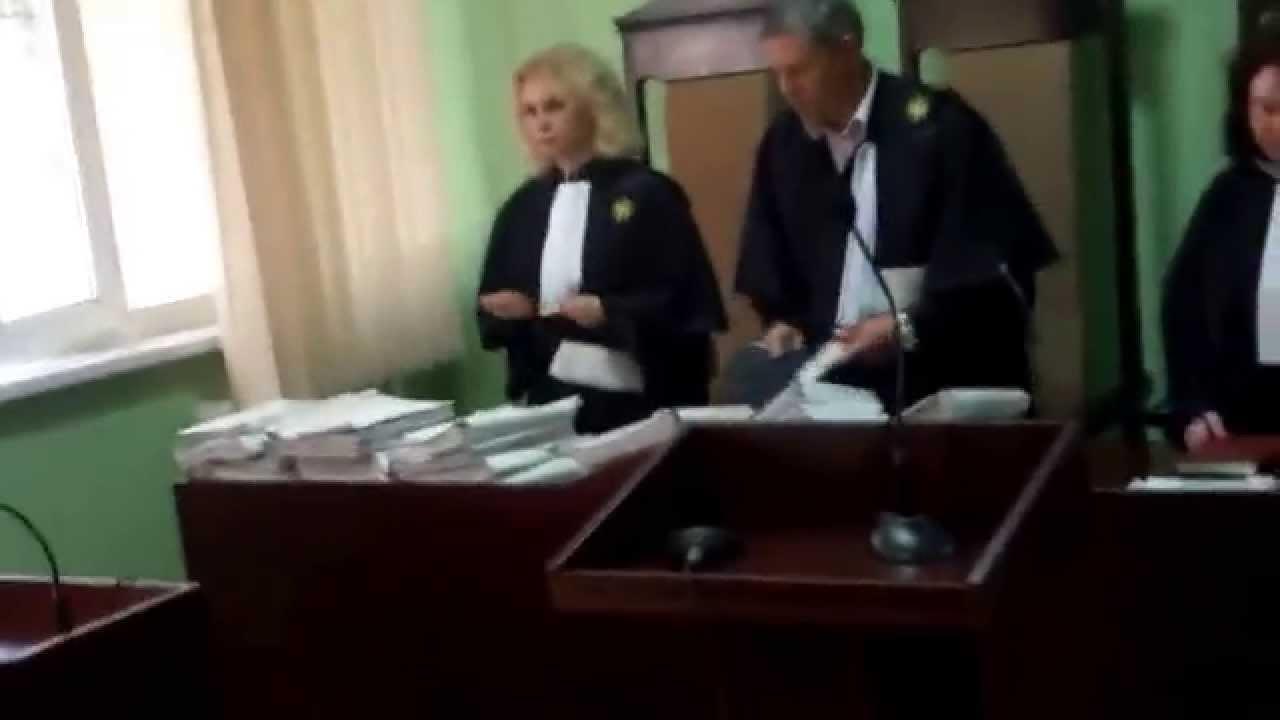 Instanța anulează amenda pentru c-am filmat judecătorul cu plic