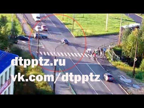 На улице Шотмана столкнулись два автомобиля