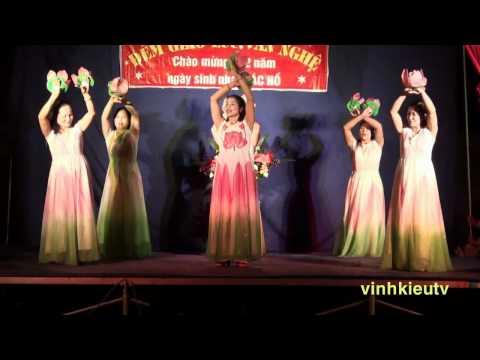 Bác Hồ một tình yêu bao la (Tốp múa đội VN Vĩnh Kiều, Đồng Nguyên, Từ Sơn, Bắc Ninh)