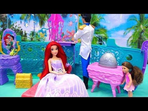 Ariel's Royal Cruise Ship - Melody Finds a Mermaid Friend