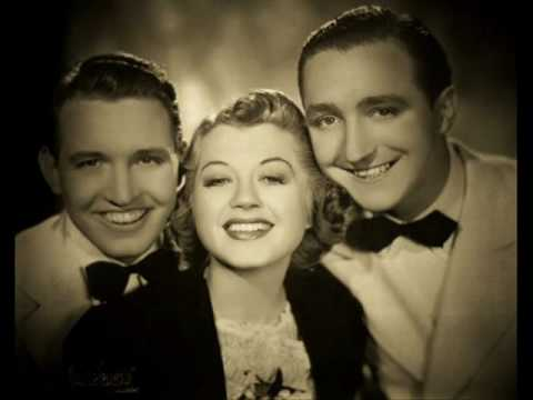 THREE LITTLE FISHIES ~ The Smoothies 1939.wmv