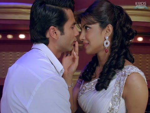 Teri Meri Kahaani -Theatrical Trailer (English Subtitles)