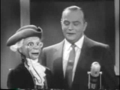 Do you trust your wife from February 19, 1957 starring Edgar Bergen and Charlie McCarthy (video)