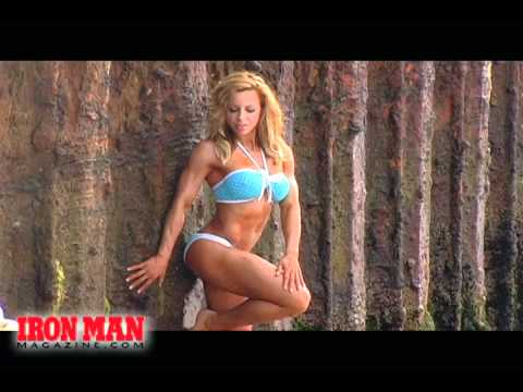 Ava Cowan Fitness Model Bikini Photo Shoot