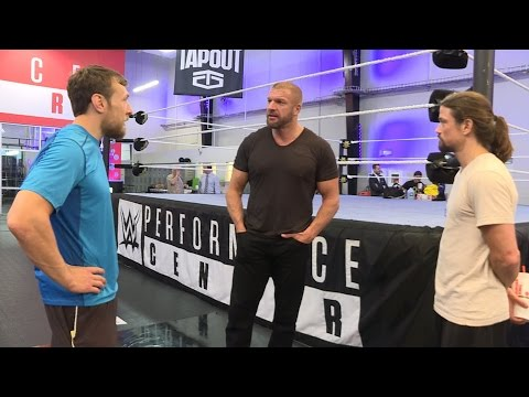 Daniel Bryan arrive au tournoi Cruiserweight Classic