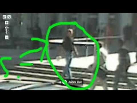 OMG! Steve Jobs caught on Google Maps Street View!!!!