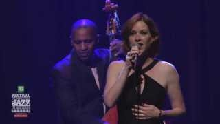 Molly Ringwald - Spectacle 2013